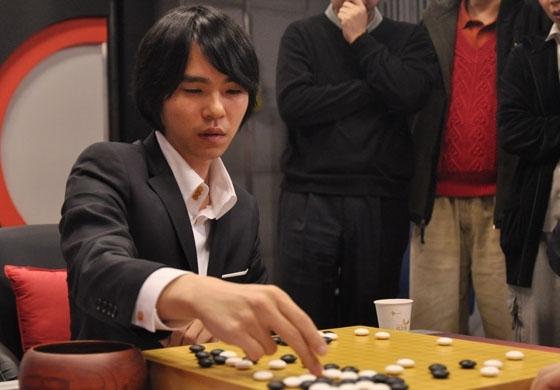 想戰勝南韓九段棋手,Google AI 需要九段高手陪練