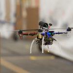 DARPA 自主航行無人機能避開障礙物,飛行時速達 72 公里