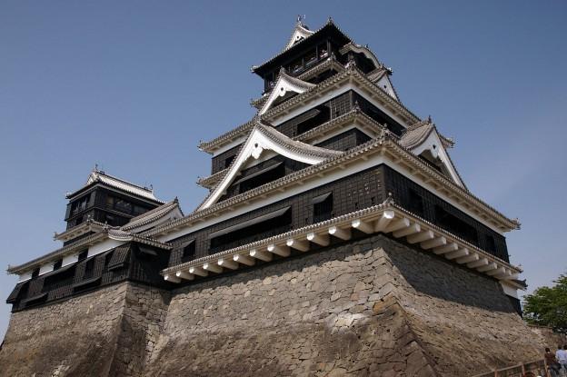 https://en.wikipedia.org/wiki/Kumamoto_Castle  CC by 2.5