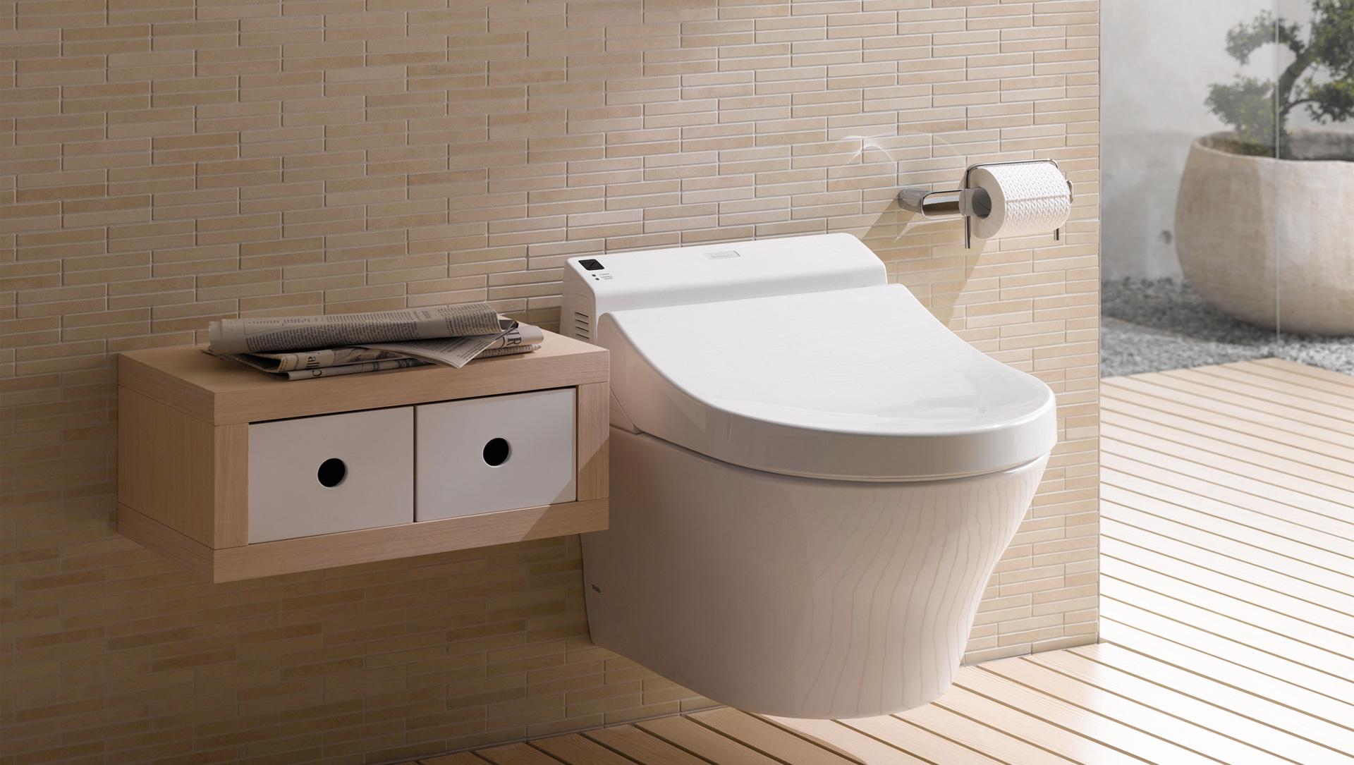 報導中指出,28 日,日本衛浴企業 TOTO 發佈截至 2016 年 3 月為止的 2015 年財報,數字顯示 TOTO 的銷售額達到 5,678 億日元,增長 4% ,營業利潤為 461 億日元,增長 23% 。合併凈利潤達到 357 億日元,比 2014 年增長 44% 。在改建需求市場增長的日本國內,包括溫水沖洗座便器銷量走俏,彌補了因中國市場低迷而利潤下降的海外業務。期末每股分紅配息為 34 日元,較預期增加 4 日元。
