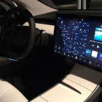 為什麼特斯拉 Model 3 沒有儀表板?