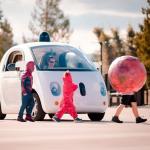 不只自動駕駛,Google 無人車還能自主清除髒污