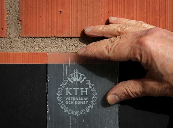 科學家把木頭材料變透明,還能比玻璃更堅固又耐用