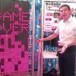 這個人蓋出「一座」0.5 公噸的電腦來玩俄羅斯方塊