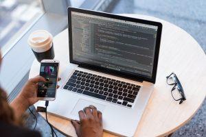 0714-American software developer2