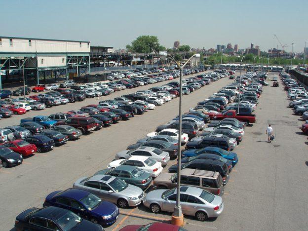 parking-lot-in-us