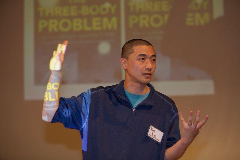 《三體》之後中國作家再奪雨果獎!背後推手的他功不可沒