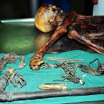 下載自美聯社 The 5,000-year-old body of a hunter discovered in 1991 by German hikers on the Similaun glacier at a 3,000 meters altitude (10,000 feet), on the Italian side of the Alps, and taken to the Austrian town of Innsbruck, where it's actually preserved. Seven years after it's recover authorities have decided that the Bronze Age mummy will be brought back to the Italian town of Bolzano Friday, January 16 1998,  where a special museum has been built for it. (AP Photo)   Innsbruck,Austria, Sep 24--Frozen Body--Scientists of the Institute of Early History at the University of Innsbruck, started to study the frozen well-preserved body, that was found by tourists in the Austrian Alps. First estimates said, the corpse is between 3.500 and 4.000 years. (PE/str/s.n.s.) 1991