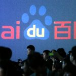 下載自路透 Members of the audience listen to Robin Li, founder and chief executive of Chinese search engine Baidu, as he speaks at the Baidu technology innovation conference in Beijing September 3, 2012. China's largest search engine Baidu Inc will invest more than 10 billion yuan ($1.6 billion) to set up its cloud computing centre it announced on Monday. Baidu, which unveiled its mobile Internet browser at its annual conference in Beijing, is pushing deep into cloud computing as the heart of its mobile strategy in order to capitalise on the booming sector.  REUTERS/David Gray   (CHINA - Tags: SCIENCE TECHNOLOGY BUSINESS TELECOMS) - RTR37FBY