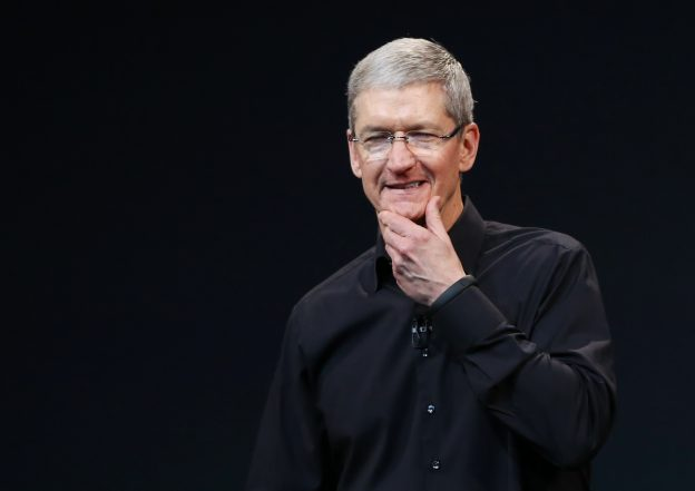 Apple Inc CEO Tim Cook speaks on stage during an Apple event in San Francisco, California October 22, 2013.      REUTERS/Robert Galbraith (UNITED STATES  - Tags: BUSINESS TELECOMS SCIENCE TECHNOLOGY)   - RTX14K2E