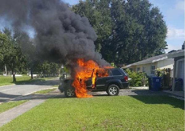 note 7 car fire