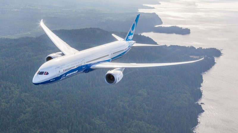 波音善用 787 複合材料機體優勢,可望減機艙低氣壓帶來的不適