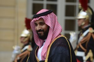 圖片來源:《達志影像》 圖片取自美聯社 Saudi Deputy Crown Prince Mohammed Bin Salman Bin Abdelaziz Al Saud aka MBS leaves Matignon Palace after his meeting with French Prime Minister Manuel Valls, in Paris, France on June 27, 2016. Photo by Ammar Abd Rabbo/Sipa USA