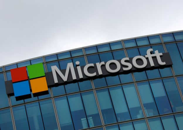 圖片來源:《達志影像》 圖片取自路透社 The logo of Microsoft is pictured in Issy-les-Moulineaux, France, August 8, 2016. REUTERS/Jacky Naegelen/File Photo                GLOBAL BUSINESS WEEK AHEAD PACKAGE    SEARCH BUSINESS WEEK AHEAD 17 OCT FOR ALL IMAGES - RTX2P3EV