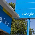 下載自美聯社 A logo sign outside of a Google Fiber sales office in Kansas City, Missouri, on August 23, 2015. Photo by Kristoffer Tripplaar *** Please Use Credit from Credit Field ***