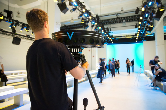 At New York Fashion Week, 13 designers will utilize Intel's immersive runway experience powered by VOKE's TrueVR platform and Intel data center technologies to live-broadcast their runway shows in full stereoscopic virtual reality. (Credit: Intel Corporation)