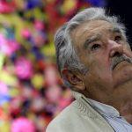 下載自路透 Former Uruguayan President Jose Mujica looks up as he adresses the audience during a conference in Havana January 26, 2016. REUTERS/Enrique de la Osa - RTX245KA