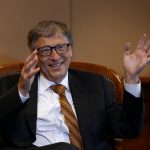 圖片來源:《達志影像》 圖片取自路透社 Billionaire philanthropist and Microsoft co-founder Bill Gates speaks during a Reuters interview in Ethiopia's capital Addis Ababa, July 21, 2016. REUTERS/Tiksa Negeri - RTSJ37E