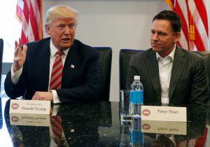 下載自路透 U.S. President-elect Donald Trump sits with PayPal co-founder and Facebook board member Peter Thiel, during a meeting with technology leaders at Trump Tower in New York U.S., December 14, 2016. REUTERS/Shannon Stapleton - RTX2V2DI