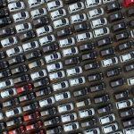 """圖片來源:《達志影像》 圖片取自路透社 Electric cars are seen at a parking lot of an automobile factory in Xingtai, Hebei province, China April 26, 2016. REUTERS/Stringer/File Photo REUTERS ATTENTION EDITORS - THIS IMAGE WAS PROVIDED BY A THIRD PARTY. EDITORIAL USE ONLY. CHINA OUT. NO COMMERCIAL OR EDITORIAL SALES IN CHINA.                            GLOBAL BUSINESS WEEK AHEAD - SEARCH """"GLOBAL BUSINESS AUG 29"""" FOR ALL IMAGES? - RTX2NDUF"""