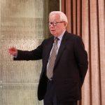 張忠謀:國家企業成長不一定要創新轉型