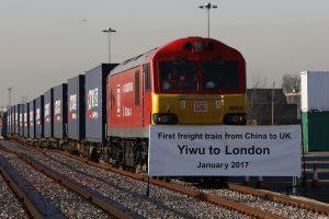 下載自路透 The first freight train to travel from China to Britain arrives at a welcoming ceremony to mark the inaugural trip at at Barking Intermodal Terminal near London near London, Britain January 18, 2017. REUTERS/Stefan Wermuth - RTSW2MH