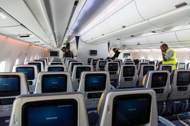 與廉航搶生意,美國幾家大型航空公司都推出超便宜的經濟艙