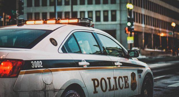 首位機器人警察 5 月值勤,杜拜警方:2030 年後不會再有懸案發生