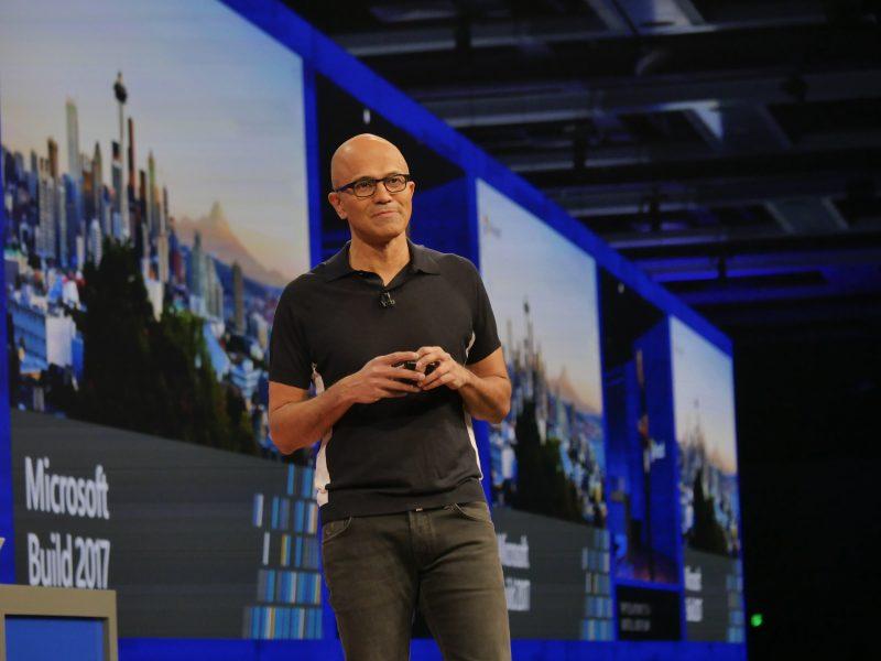 微軟 CEO 納德拉:AI 和雲端無處不在,科技的負面影響或許讓《1984》成為現實