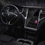 Tesla 無人駕駛被指為車禍元兇,調查委員會建議召回