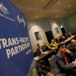 下載自路透社 Delegates participate in the opening session of the Trans Pacific Partnership senior leaders meeting in Sydney, Australia August 28, 2017.   REUTERS/Jason Reed - RC1B9B277800