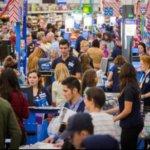 沃爾瑪提高網路商店定價,企圖引導消費者重返實體店面購物
