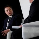 下載自路透 Elon Musk, founder, CEO and lead designer at SpaceX and co-founder of Tesla, speaks at the International Space Station Research and Development Conference in Washington, U.S., July 19, 2017. REUTERS/Aaron P. Bernstein - RC16824654D0