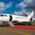 蘋果要求庫克出行必須乘坐私人飛機,CEO 們遠行都要這麼慎重嗎?