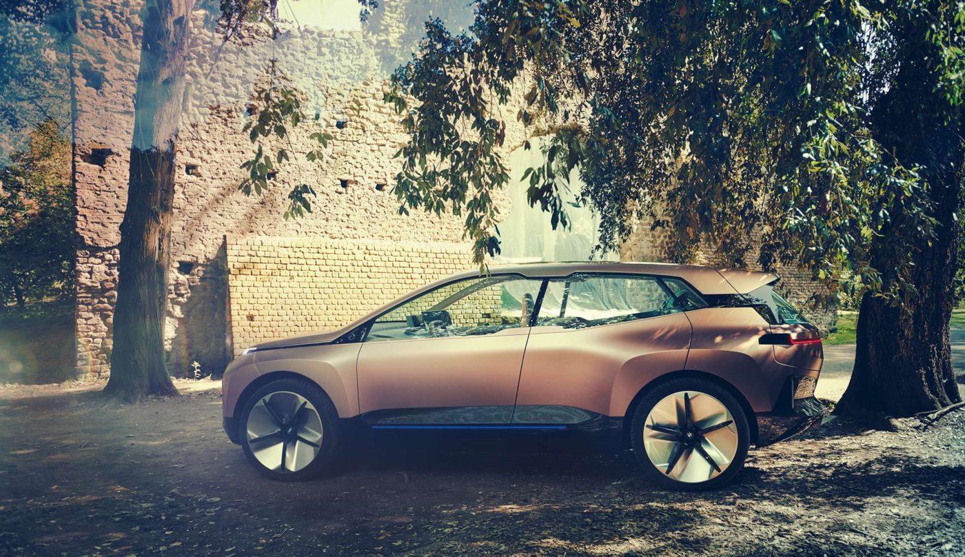 連內裝都智慧,BMW 未來電動車長這樣?