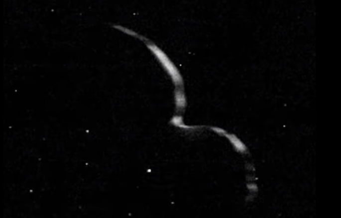 讓科學家吃驚的發現,NASA 新視野號最新圖片顯示 Ultima Thule 小行星其實扁平像煎餅