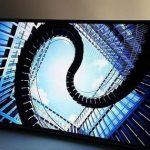 三星展示全球首款軟性螢幕電視