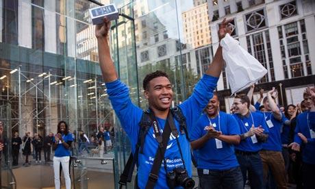 三星第二季營收勝蘋果,9月iPhone 5s 銷量勝Galaxy S4