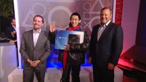 Sony PS4 北美地區首發 24 小時銷量超 100 萬台