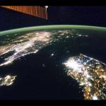 太空中看朝鮮半島,一片黑的北韓相當突兀