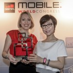 Samsung Gear Fit 獲評為 2014 MWC 年度最佳行動裝置