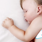 孩子生病時就靠它追蹤體溫:TempTraq 貼片式藍牙溫度計