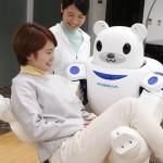 日本照護機器人「Robear」不但長得可愛,還可以給予溫柔的懷抱
