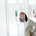 為了擊敗蘋果,手機廠商們在 MWC 上展示了什麼產品?