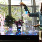 OLED+RealSense,三星展示 55 吋透明和鏡面 OLED 螢幕