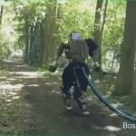 會跑的機器人追來了!Alphabet 機器人能穿越山林不跌跤