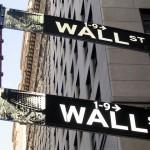 華爾街都錯了?股災反應金融不穩, FED 更應九月升息