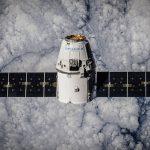 私人付費繞月,SpaceX 明年首航