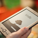 舊款 Kindle 請速更新,否則將無法連網使用