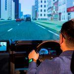 汽車連結穿戴式裝置,未來駕駛更智慧